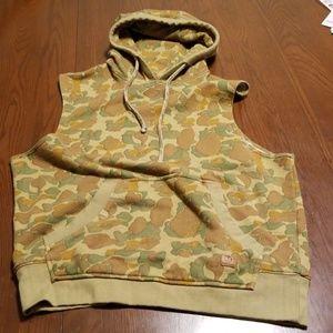 Unyforme camo sleeveless hoodie pocket B213:5:718